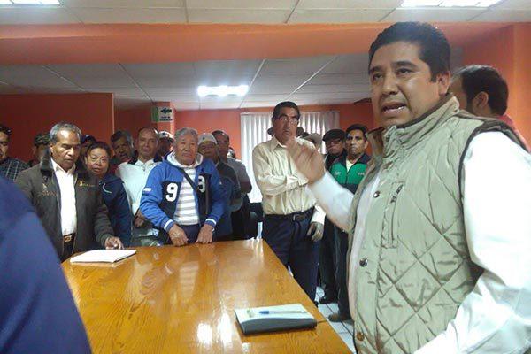 Exigen a alcalde de Tenancingo  cese de trabajadores y familiares