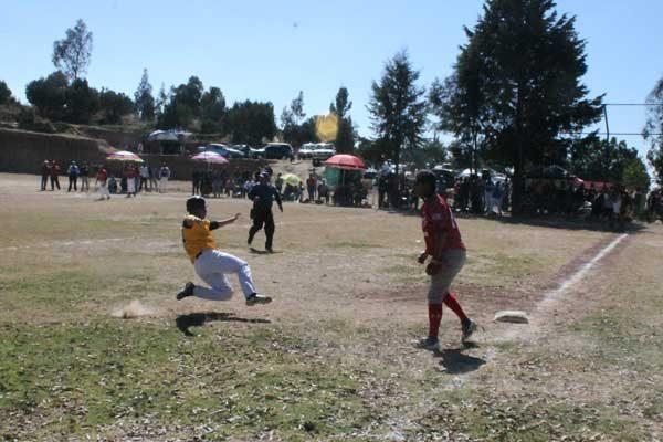 Avanza San Pablo en la liga de beisbol de Belén