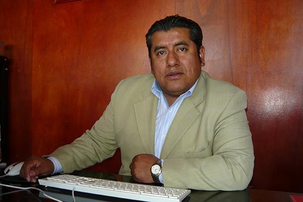 Ratifican a Luis Girón como  secretario del Ayuntamiento de  Contla de Juan Cuamatzi