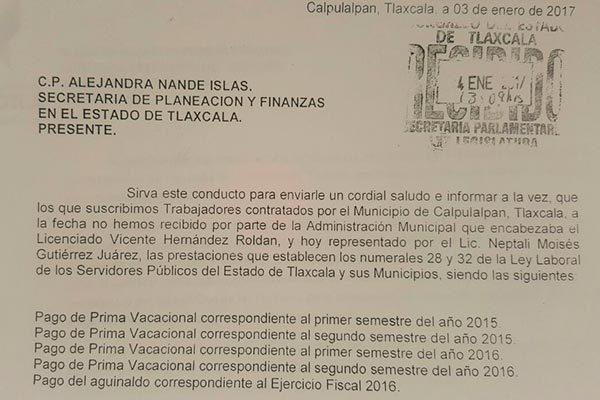 Piden trabajadores de Calpulalpan apoyo para cobrar prestaciones