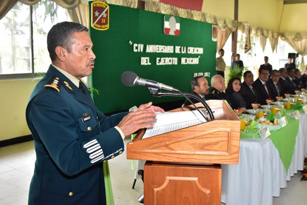 Conmemoran el 104 aniversario del Ejercito Mexicano