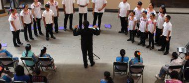 Cautiva Coro Infantil y Juvenil de la Ciudad de Tlaxcala a congresistas