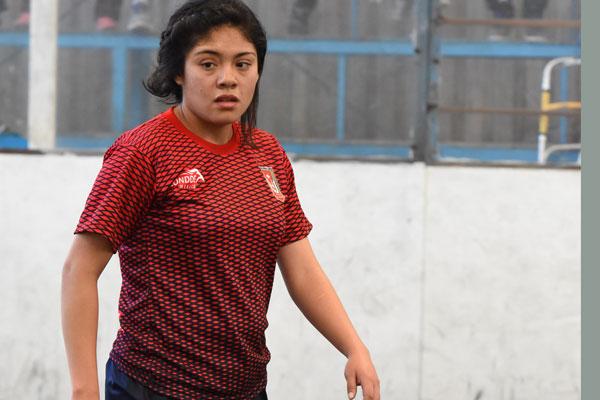 Disposición y buen futbol del equipo femenil de la UAT en el futbol rápido. / Everardo NAVA