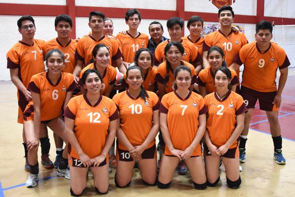 Jugadores de la Universidad Autónoma del estado de Hidalgo participan en el voleibol de la Universiada Regional. / Everardo NAVA