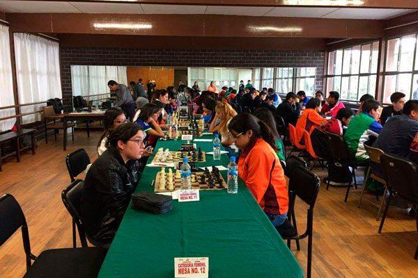Descalifican a ajedrecista tlaxcalteca por no portar logo del CONDDE