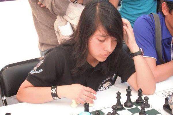 Janet Saraí Vázquez Flores fue descalificada de la Universiada Regional por no portar el logo del CONDDE