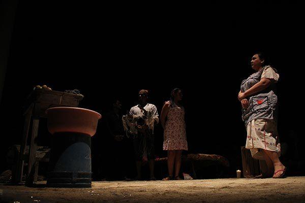 """""""Los perros"""", teatro para generar conciencia"""