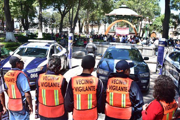 Los comités de vecinos vigilantes, en coordinación con las autoridades municipales de seguridad, contribuirán a la disminución de los actos delictivos en las colonias de la capital. / Héctor LORENZO