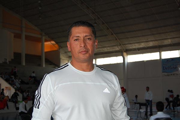Hugo Ruiz Sánchez, delegado de taekwondo de los Juegos Deportivos Nacionales, refirió que esta disciplina por el momento sólo se imparte en instituciones de paga. / Fabiola VÁZQUEZ