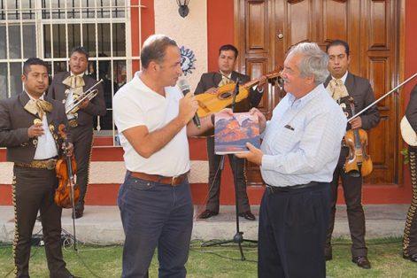 Representantes de tres países donaron diversos objetos que ya forman parte del museo que comparte en espacio la Fundación Camilo con la asociación de agregados militares en Calpulalpan. / Manuel MORALES