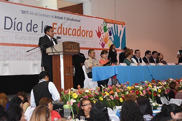 Indispensable papel de las educadoras en educación básica de Tlaxcala: Mena