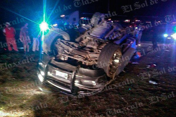 Nueve integrantes de una familia se lesionan en accidente en Huamantla