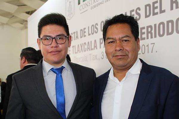 Javier Atlatenco, nuevo oficial del Registro Civil
