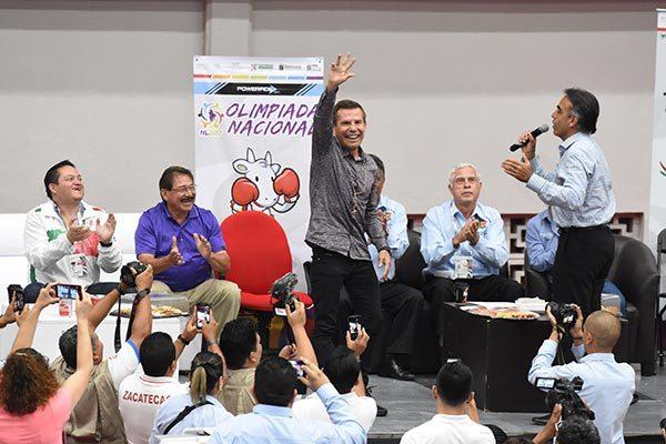 Julio César Chávez engalanó el primer día de la Olimpiada y Nacional Juvenil 2017. /Everardo NAVA/ENVIADO