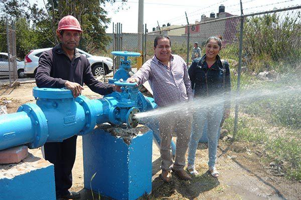 Invierten 300 mil pesos en la reparación de bomba de agua en Amaxac