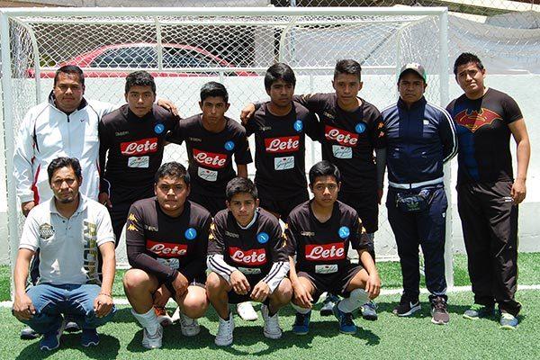 Atlético San Pancho fue el campeón del Kokonet Fut en la categoría 14-15 años, quienes se hicieron acreedores a uniformes y reconocimientos por participar en la justa dirigida a estudiantes de educación básica. /Everardo NAVA