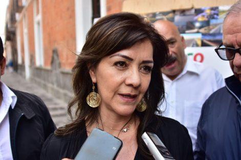 La delegada de la SCT, Hortencia Martínez Olivares, precisó que están en pláticas con Secte para que el Libramiento Tlaxcala forme parte del Estado y sea con permisos estatales como se cubra la ruta de transporte público. / EL SOL DE TLAXCALA