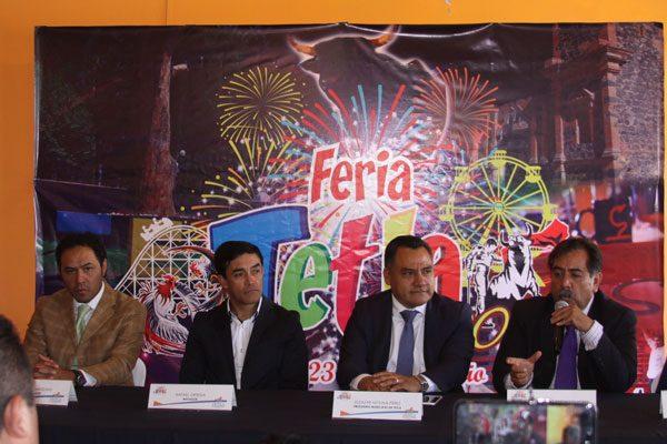 Confirman Ortega, Angelino y  Pimentel en feria de Santiago