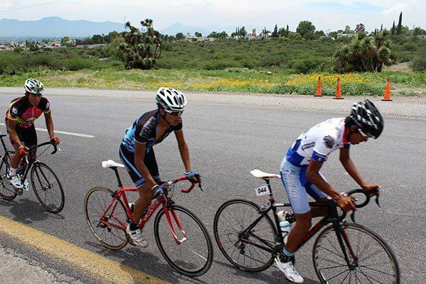 Asume Demetrio Netzahualcóyotl comité reestructurador del ciclismo local