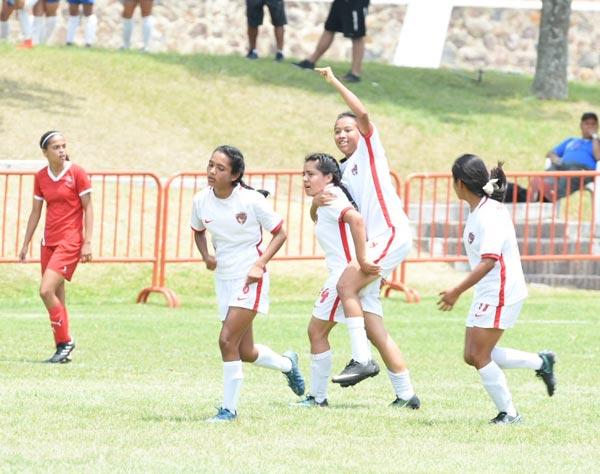 El equipo tlaxcalteca de la categoría Sub-17 anotó el único gol del encuentro al minuto 49 a cargo de Einsceline León. /Everardo NAVA/ENVIADO