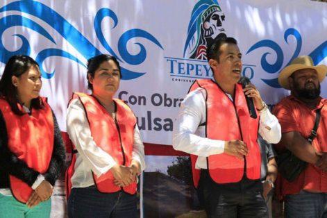 Con recursos del Fondo para el Fortalecimiento de la Infraestructura Estatal y Municipal inician obras en Tepeyanco. / Tomás BAÑOS