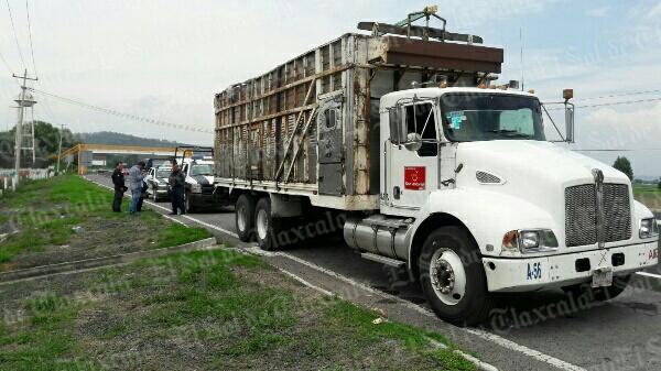 Recuperan camión robado en  la vía corta, pero sin mercancía
