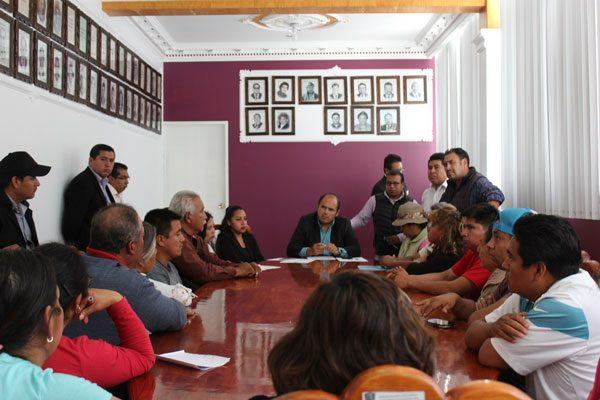 Reordenará ayuntamiento  de Santa Cruz Tlaxcala el comercio del centro