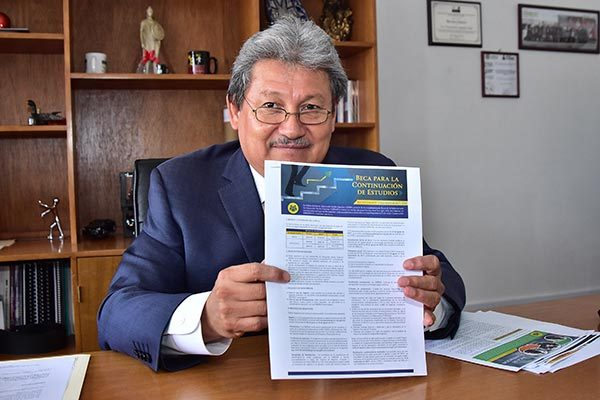 Emiten convocatoria para otorgar becas a alumnos de nuevo ingreso a bachillerato