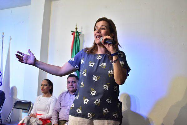 Recorre Zavala el país para rescatar la dignidad política
