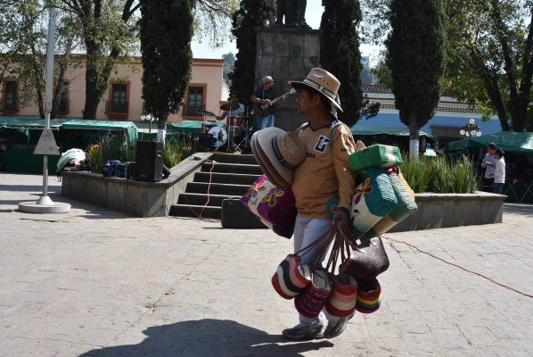 """""""Canasta de cuentos mexicanos"""""""