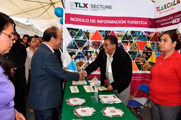 Organizan Feria del Empleo en Zacatelco