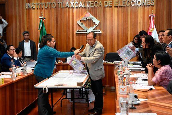Realizan recuento de votos en el ITE