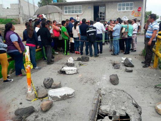 Puente vehicular de 10 metros colapsa en Tetla de la Solidaridad