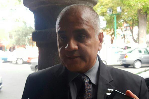 Acusan vecinos de la Unidad Santa Cruz al alcalde de Chiautempan de haber intervenido en elección