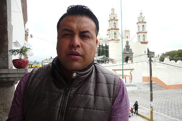 Ángel Cahuantzi Lopantzi, director de Seguridad Pública de Contla, destacó la certificación de 35 elementos policiacos, de 45 que cuenta la corporación. /Armando PEDROZA