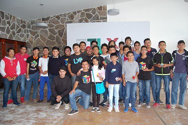 Fomentan el cubo rubik con torneo en Tlaxcala