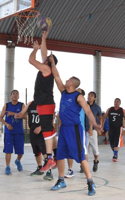 Los equipos varoniles Espartanos y Guerreros buscarán el título de la justa de basquetbol. /Everardo NAVA