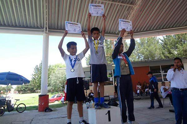 "Reúne a 120 niños la primera carrera pedestre ""Guerrero Jaguar"" en Acatitla"