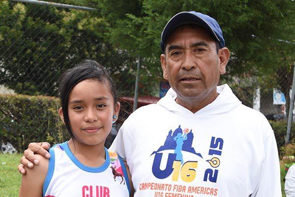 Regina Águila Pérez de Acuamanala es una de las atletas que comienzan a sobresalir con el trabajo de Epifanio García González. /Everardo NAVA