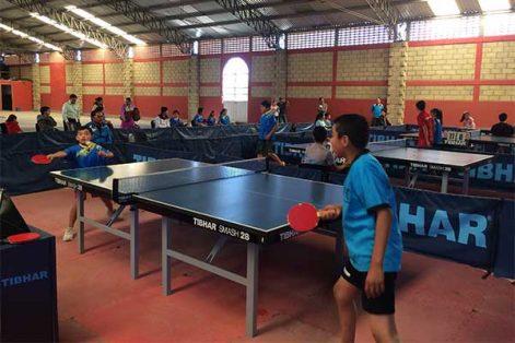 Con el interestatal, promocionan el tenis de mesa y analizan el nivel de juego de los niños que practican en el centro de desarrollo. /EL SOL DE TLAXCALA