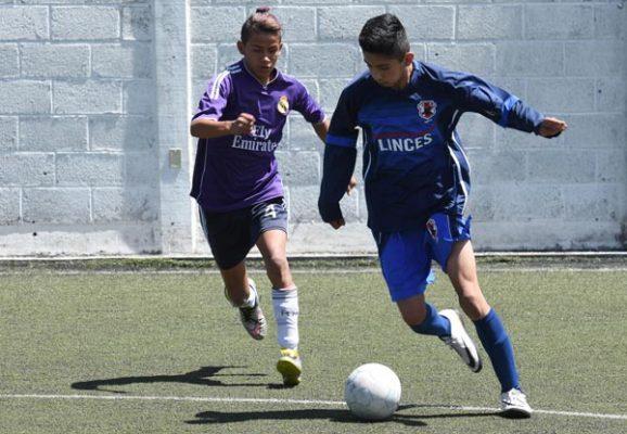 Acciones de la final juvenil de Zona 7. /Everardo NAVA