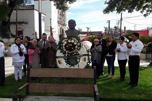 Conmemoran en Texoloc el Firma Sanabria Chávez convenio con Inapam35 aniversario luctuoso de Anselmo Cervantes