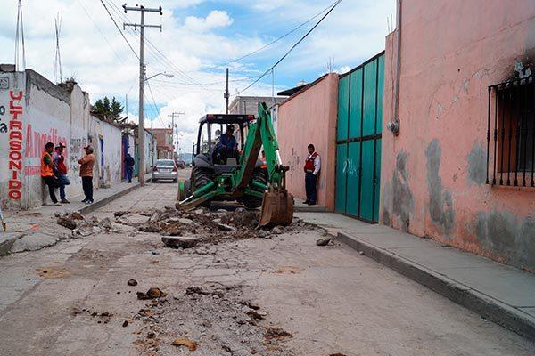 Aterriza Calpulalpan dos mdp para  pavimentar calle Cebadas y Maltas