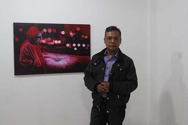 Vincula Víctor Argüelles su pintura con otras disciplinas
