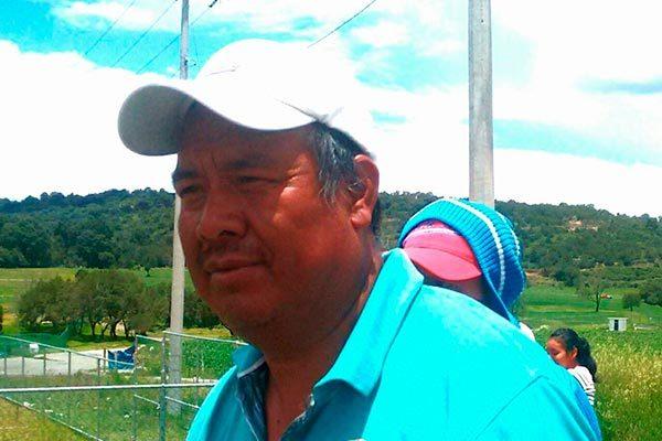 Tras cierre de carretera, autoridades y pobladores de Hueyotlipan llegan a acuerdos