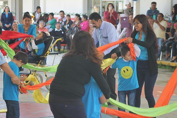 Se integran socialmente niños que estudian en CAM de Zacatelco