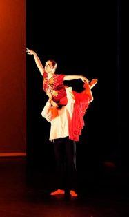 La bailarina Samantha Castrejón en escena