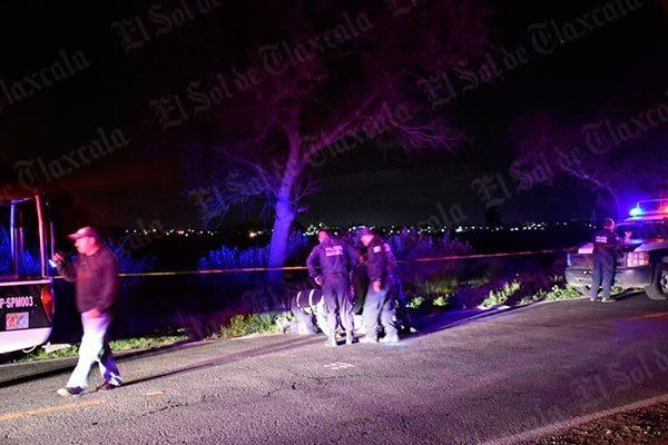 Fallece por caminar a orilla de carretera y ser atropellado en la carretera federal Tlaxcala-San Martín