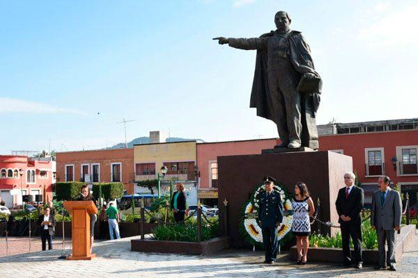Celebra PRI a Benito Juárez