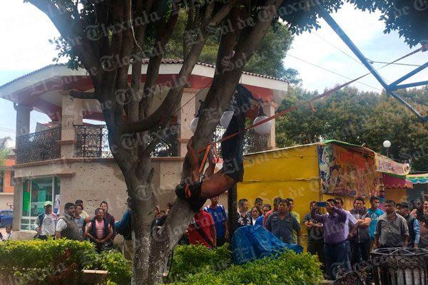 Golpean y cuelgan en árbol a presunto ladrón en Xiloxoxtla